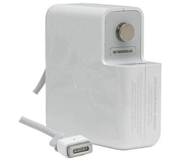 Apple MagSafe power Adapter - 60W ( MacBook and 13