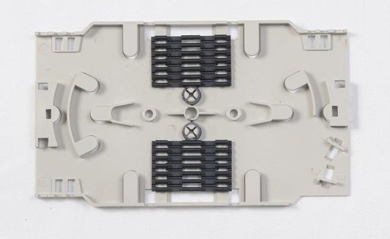 OEM kazeta pre uchytenie 12 zvarov v rozvádzači, vč. hrebinkov svaru a krytu