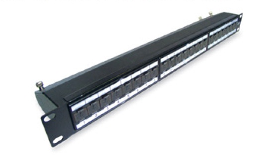 CNS patch panel 24port Cat6A, FTP, blok 110, vyväz. lišta, 1U čierny