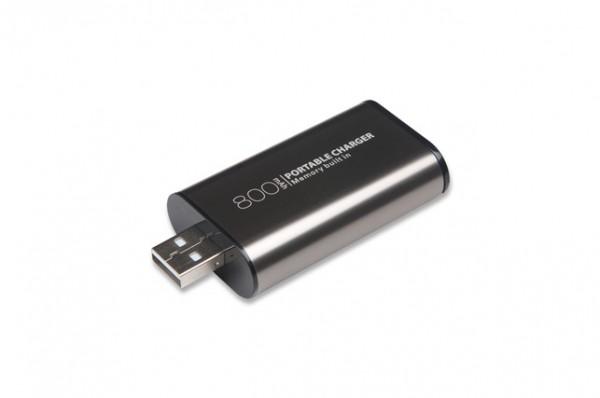 EKO Xtorm Záložná batéria a 8GB USB kľuč 2v1
