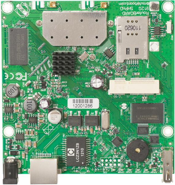 MIKROTIK RouterBOARD 912UAG-5HPnD + L4 (600MHz, 64MB RAM, 1x LAN,1x5GHz 802.11an card, 2xMMCX, 3G)