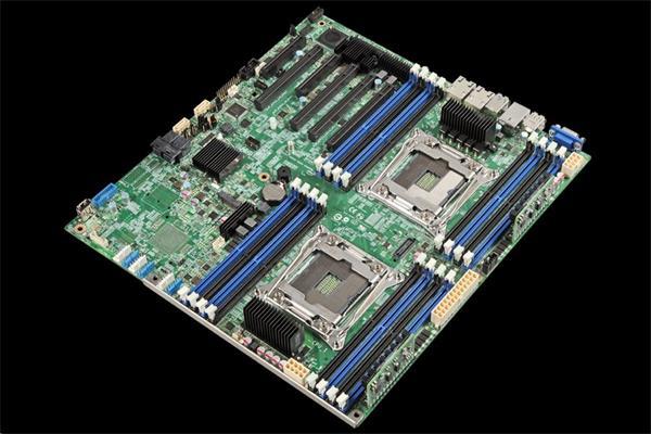 Intel® S2600CW2 2xLGA2011-3, 16xDDR4, 10xSATA, 2x 1GbE LAN, 12
