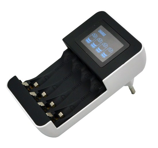 Solight nabíjačka s LCD displejom, AC 230V, 450mA, 4 kanály, AA/AAA, riadená mikroprocesorom