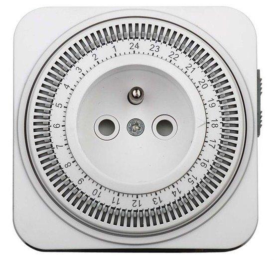 Solight časový spínač, 24 h., vypínač, 1 režim