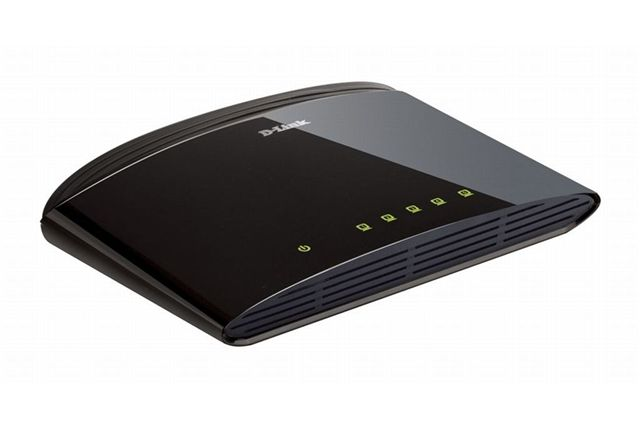 D-Link DES-1005D 5-port 10/100Mb switch