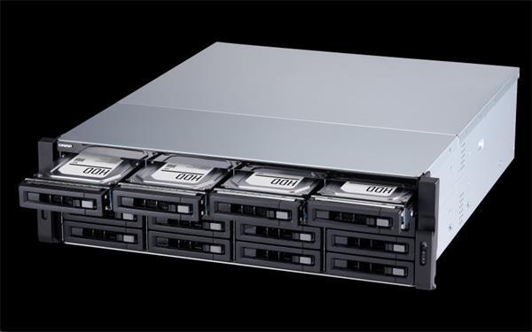QNAP™ TS-1677XU-RP-2600-8G 12x3.5