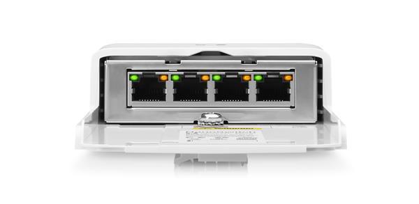 Ubiquiti N-SW NanoSwitch 4-port PoE passthrough